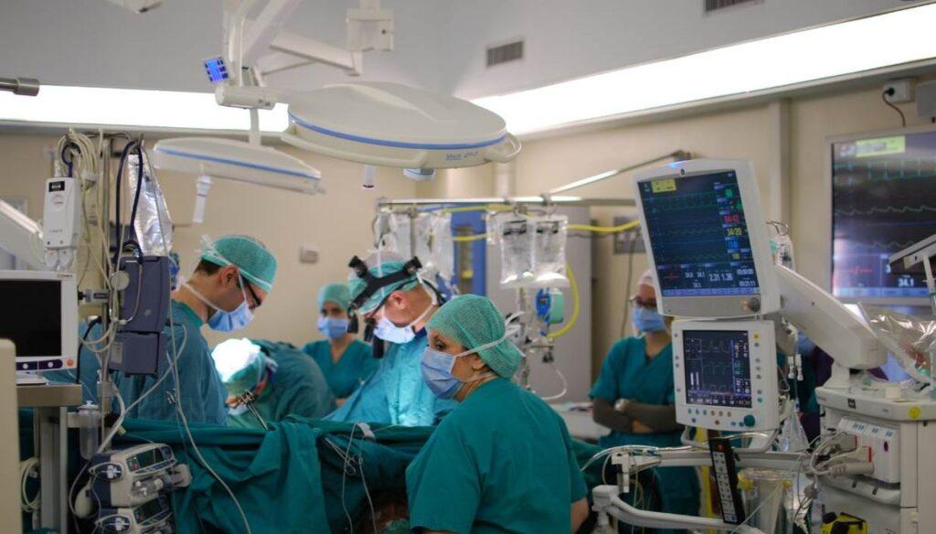 Cardiothoracic Surgeon Salary in United States